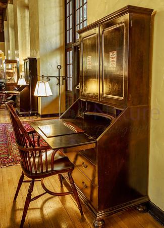 Ahwahnee Writing Desk