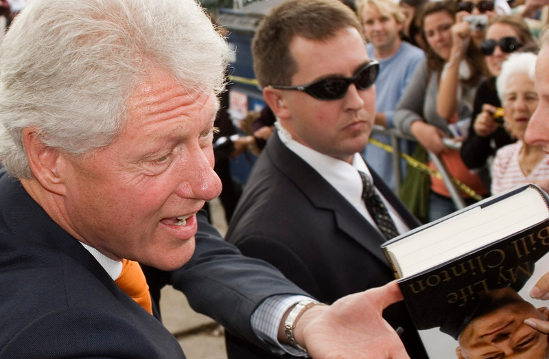 President Clinton Works the Crowd