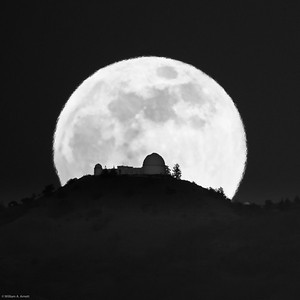 Moonrise and Lick Observatory