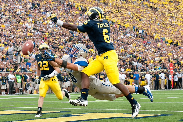 NCAA Football: Air Force at Michigan