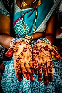 { henna hands }