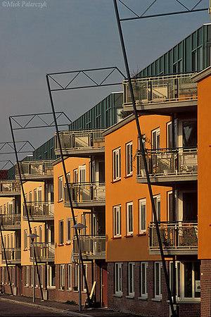[UTRECHT 5012] Utrecht: housing project (1991) at Veeartsenijstraat. Architect: Meeder & Noorlag. Photo Mick Palarczyk.
