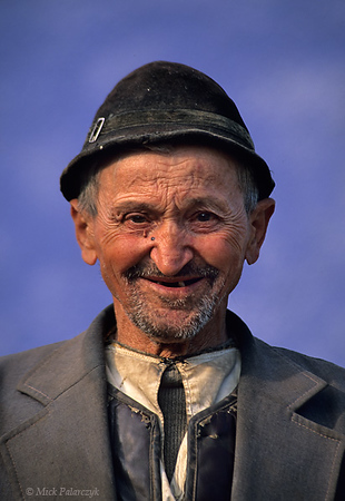 [ROMANIA.TRANSYLVA 24.176] 'Old man at Ighisu Vechi.'	 The South Transylvanian village of Ighisu Vechi is located in the hills between Sibiu and Agnita. Photo Mick Palarczyk.