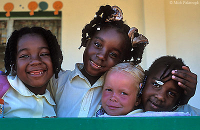 [ANTILLES.stEUSTATIUS 25.598] 'Lynch Plantation School.'	 A visit to the Lynch Plantation School gives a good impression of the multi-ethnic background of the island population. Photo Mick Palarczyk.
