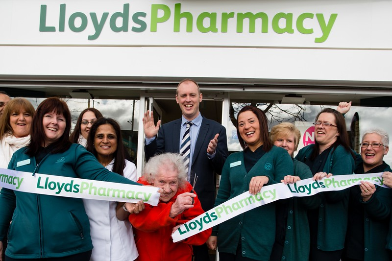 LLoyds Pharmacy New Invention Willenhall Opening 20/2/2014