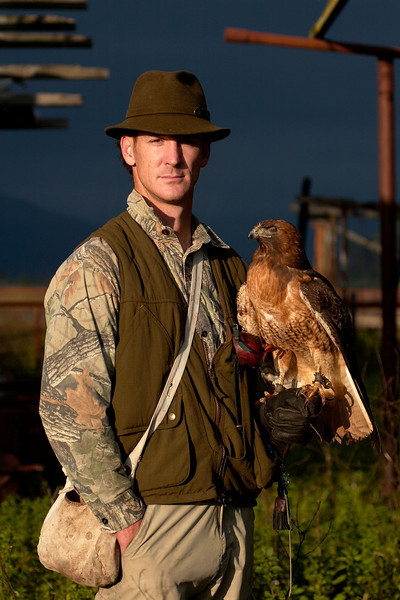 Lifestyle/Environmental Portraiture<br /> Professional Falconer, Laine MacTague, with Manuka