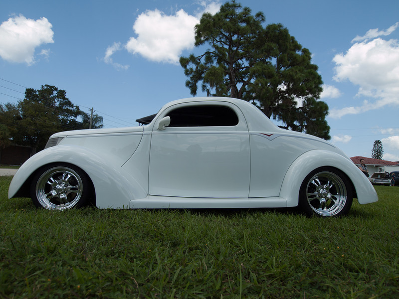 Stephen Aiena's 37 Ford 3-Window Coupe