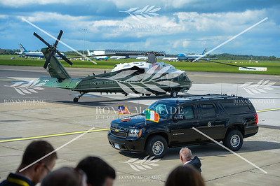 PACEMAKER PRESS 05/06/2019: US President Donald Trump and his wife, First Lady Melania Trump, are driven past helicopter Marine 1 en route to the bilateral meeting with Taoiseach Leo Varadkar at Shannon Airport, Co Clare, Ireland.  Picture: Ronan McGrade/Pacemaker Press