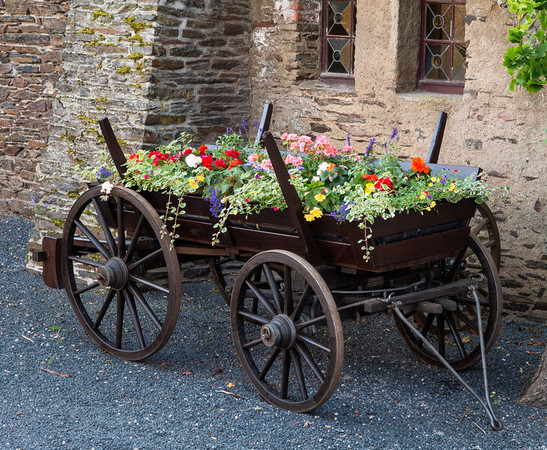 Mobile garden at Reichsburg Castle, Cochem Germany