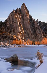 Prusik Peak Dawn