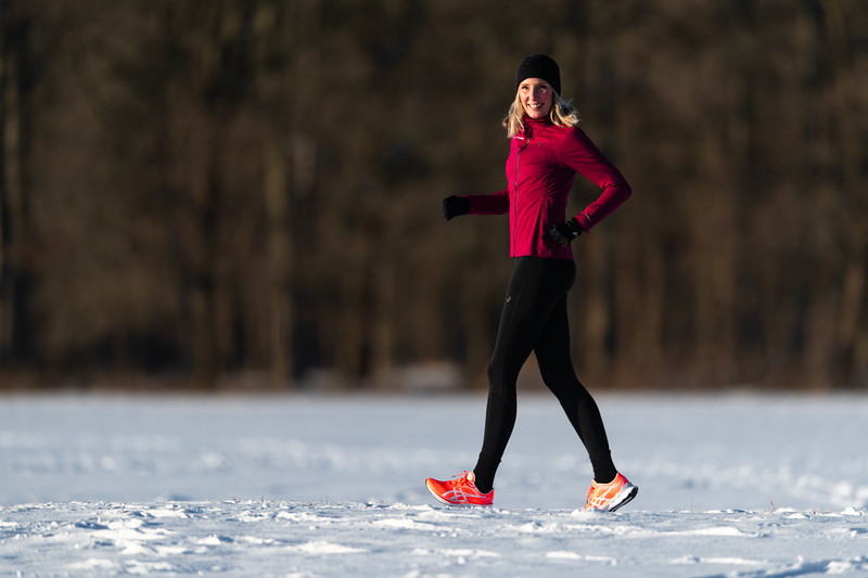 ASIC-RUNNING-SNOW-HILVERSUM-NETHERLANDS-0064