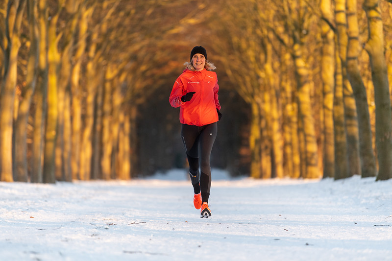 ASIC-RUNNING-SNOW-HILVERSUM-NETHERLANDS-0372