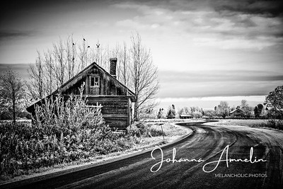 House by the road 1/1
