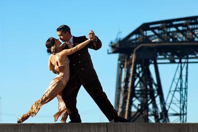 Tango grúa 1