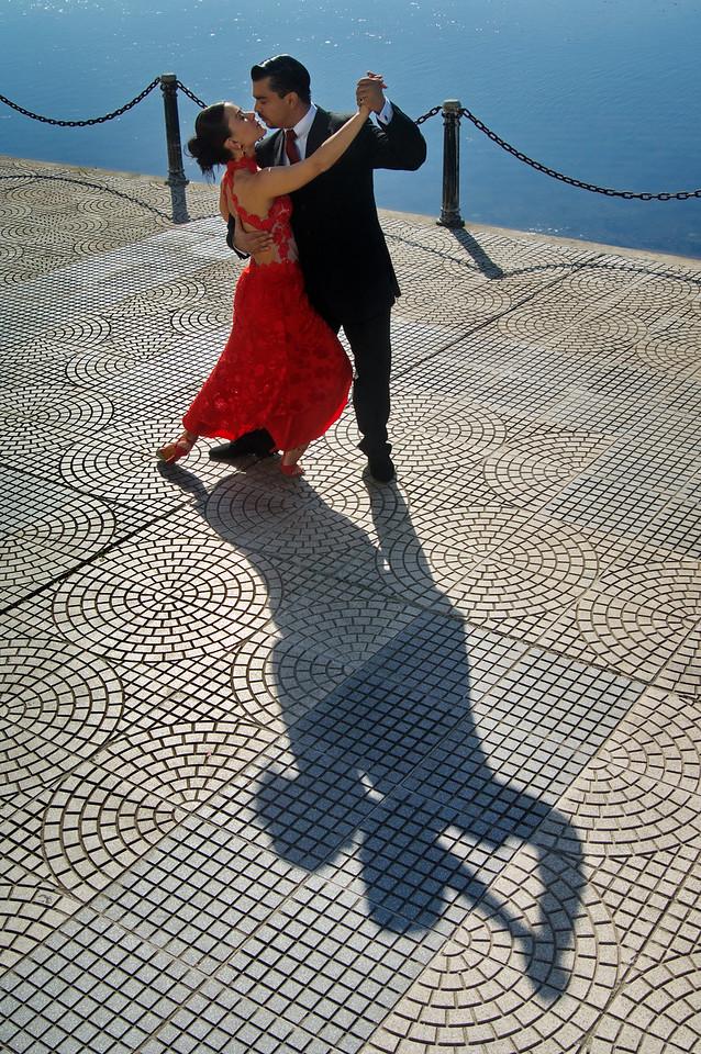 Tango y río 2