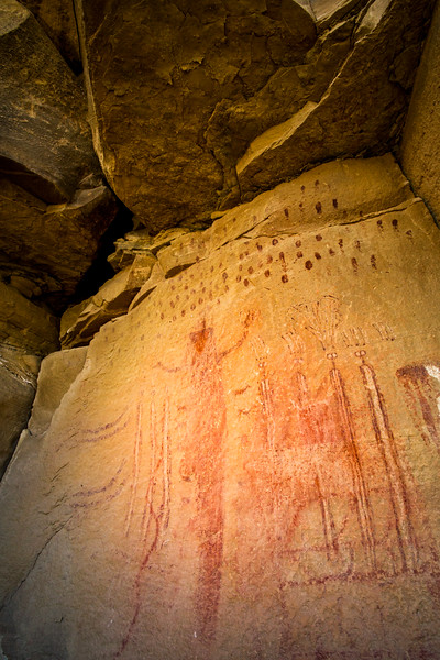 Evocations of rain represented by fingerprints, Barrier Canyon Style pictographs, Greater San Rafael Swell, Utah