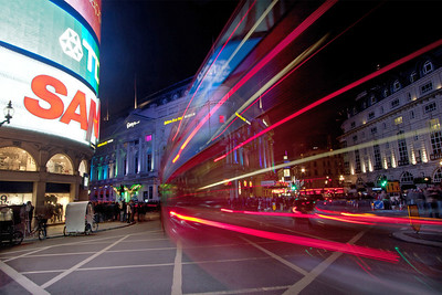 Piccadilly In Motion