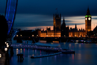 Big Ben and the London Eye at Dusk