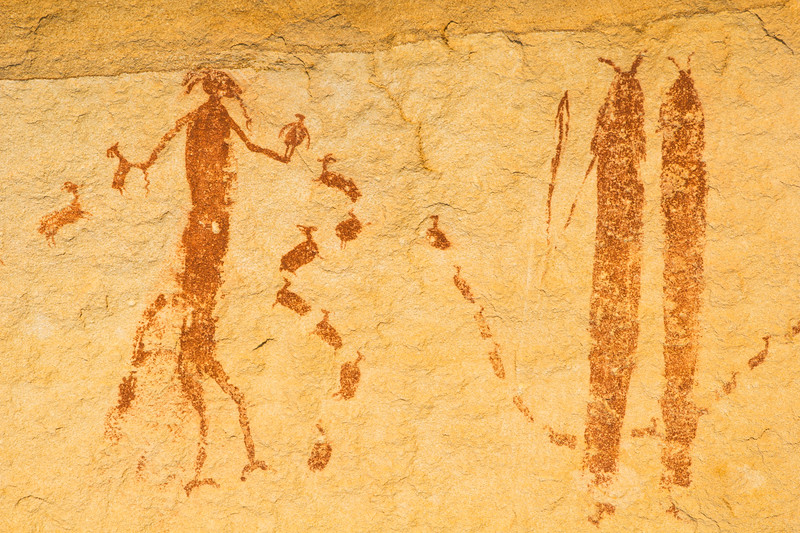 Horned anthropomorph with bird and sheep, Barrier Canyon Style pictographs, Utah