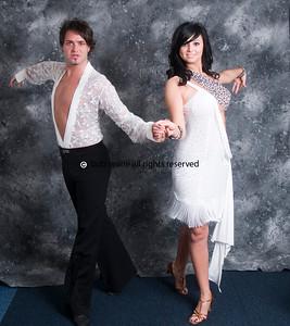 Jodie & Greg Copy right Bob Searle0177111009