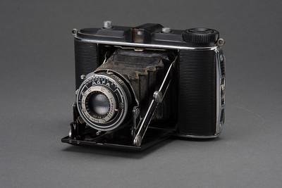 0721-CAMERAS-Antiques-164