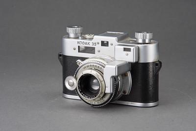 0721-CAMERAS-Antiques-B-056