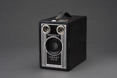 0721-CAMERAS-Antiques-085