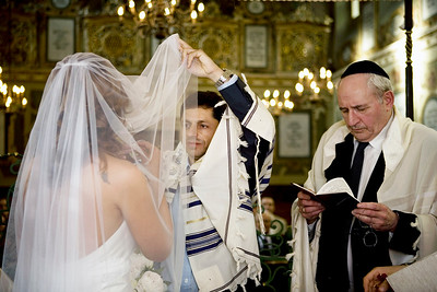 Jewish wedding in Synagogue
