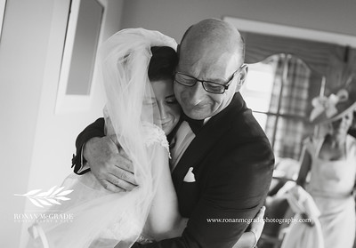 Emma and Barry's wedding day © Ronan McGrade | www.ronanmcgradephotography.com