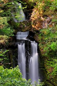Curly Creek Falls