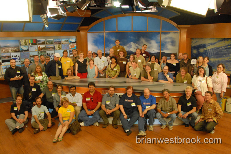 Portland-area Bloggers meet up at the KATU studios on August 29th to meet fellow bloggers and chat with the staff of KATU.  Photo by Brian M. Westbrook.