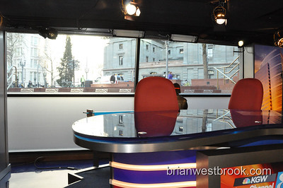 KGW Studio on the Square Tweetup #SquareUp 11 Mar 2009 at KGW's new Pioneer Courthouse Square Studios in Portland, Oregon.