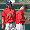 Something was going on between Hee and the dugout, but I have no idea what...
