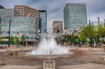 downtown-portland-fountain
