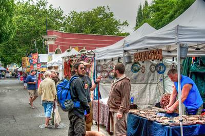 portland-saturday-market-booths