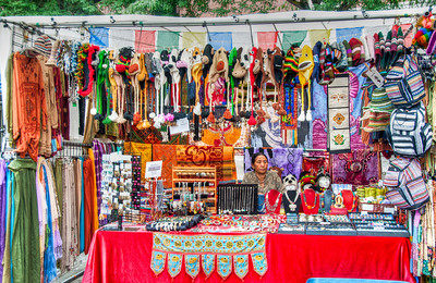 portland-saturday-market-vendor