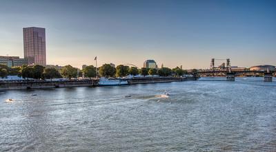portland-willamette-river