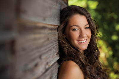Hillsboro, Oregon Senior Photos-Freeze Frame Photography