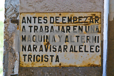 Signage at abandoned Peñarroya workshop at Portmán, Murcia
