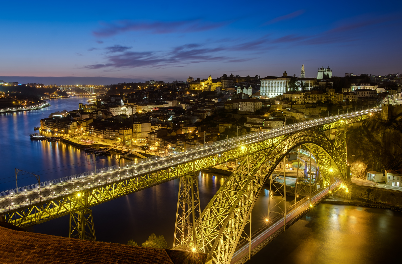 Blue hour from the Mosteiro da Serra do Pilar with the Ponte Luis I dominating the view