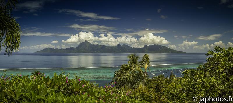Ile de Moorea vue de Punaauia, Tahiti, Avril 2017