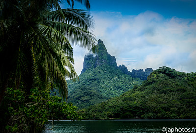 "Mou'aroa Montain, also called ""Shark Tooth"", Moorea, French Polynesia"