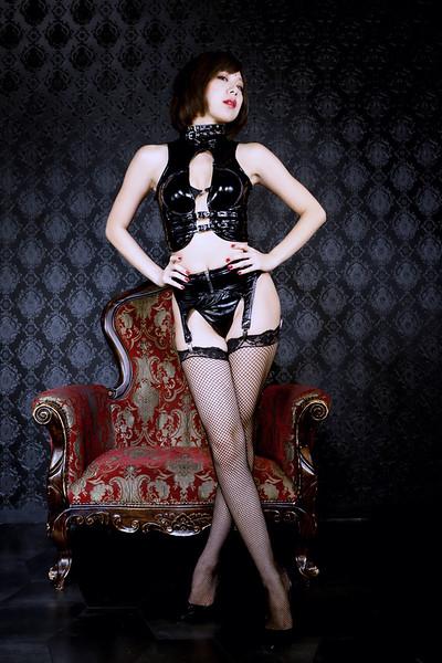 PVC black エネメル 黒
