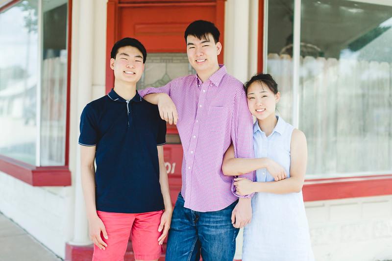 Houston High School Senior Photographers in Katy TX