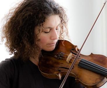 Biliana, violinist Biliana, violinist