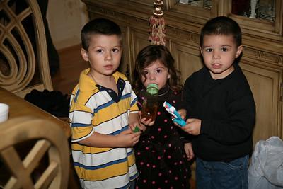 1054- Zoulias Family Pic
