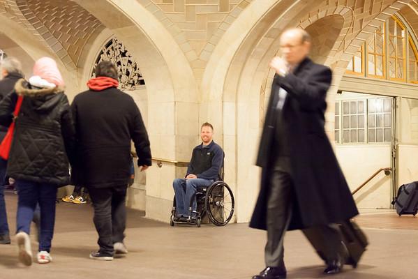 a Dustin in Grand Central 21Nov2014-4060