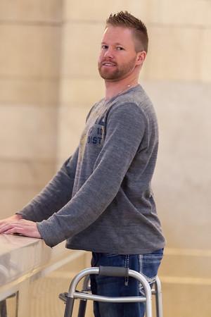 a Dustin in Grand Central 21Nov2014-4100