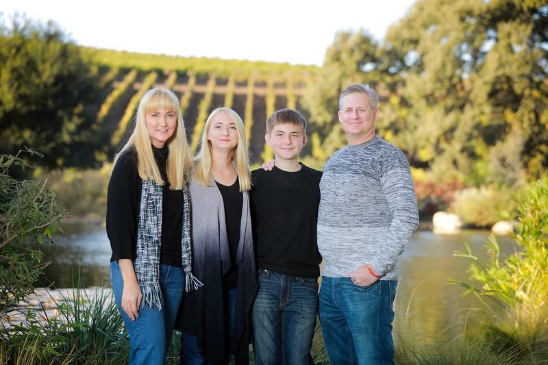 9158_Signa Family