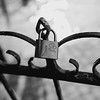 lock-paris-france-travel-destination-wedding-kate-timbers-photography-1958